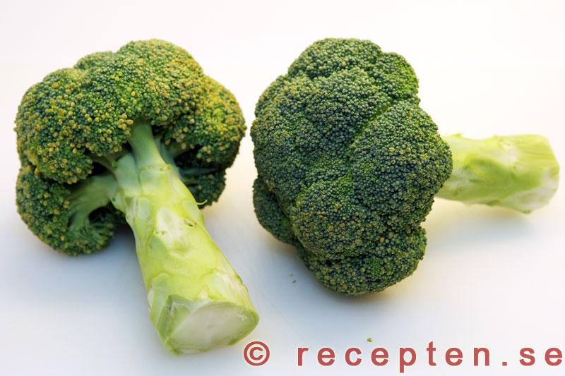 hur länge kokar man färsk broccoli