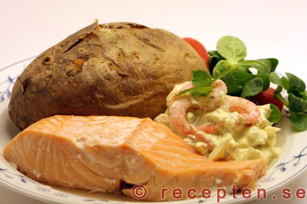 räkröra till bakad potatis recept