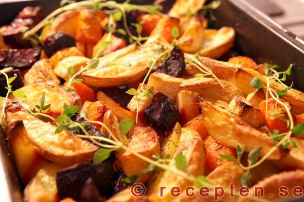rostade grönsaker i ugn recept