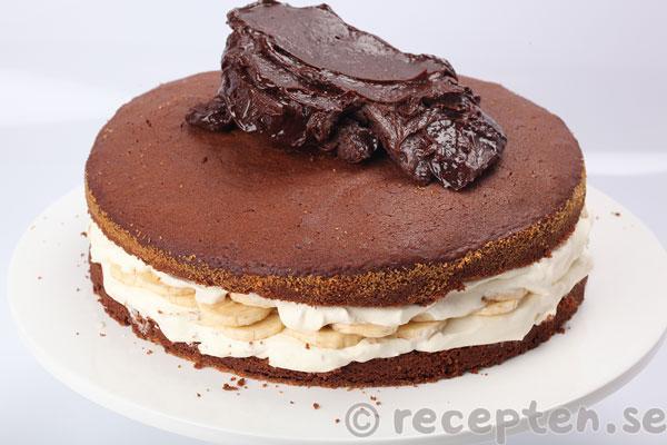 banankräm till tårta recept