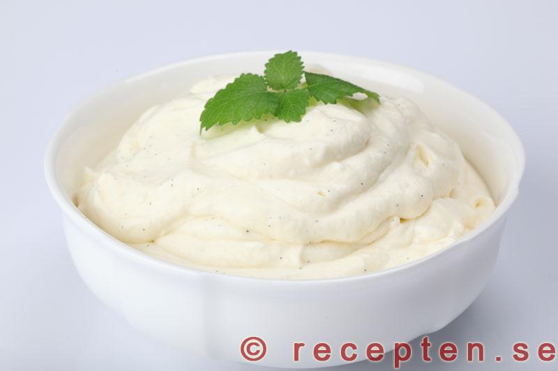 vaniljsås utan potatismjöl