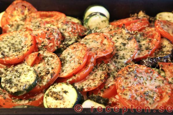 recept aubergine zucchini