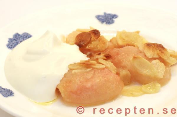 äppeltosca med havregryn