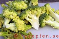 broccoli i bitar